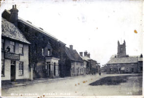 KIng's Head on left.  About 1900